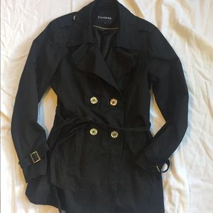 Express L trench, great condition